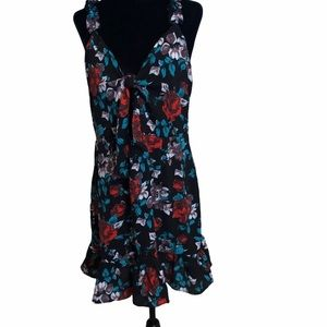 MISSGUIDED flowered dress